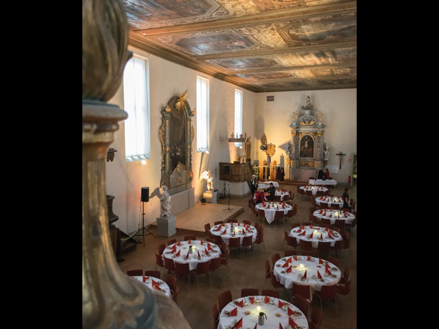 Historiska Museet - Runda bord med scen