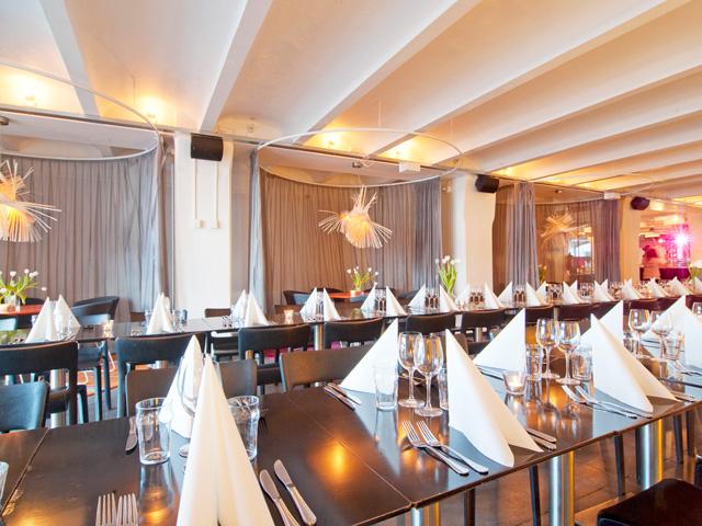 Restaurang Mynchen - Middagsdukning