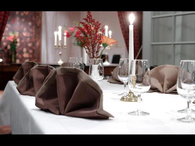 Stockholms Vinkällare - Elegant dukning