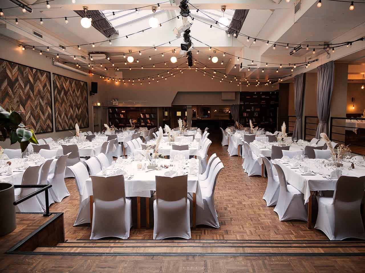 Venue 81 - Eventlokal med hängande partyslingor