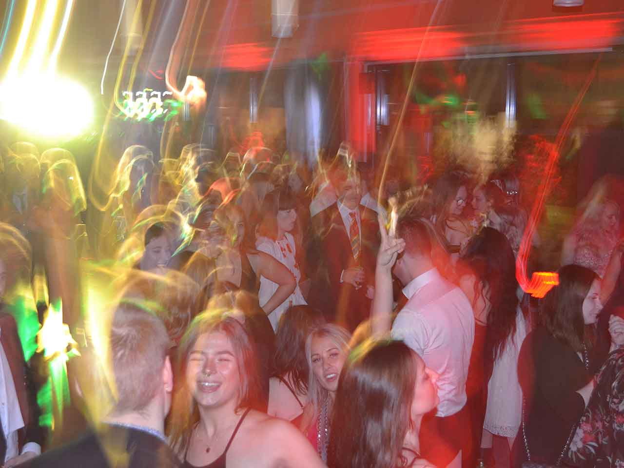 Brazilia Festlokal - dans och möjlighet scen