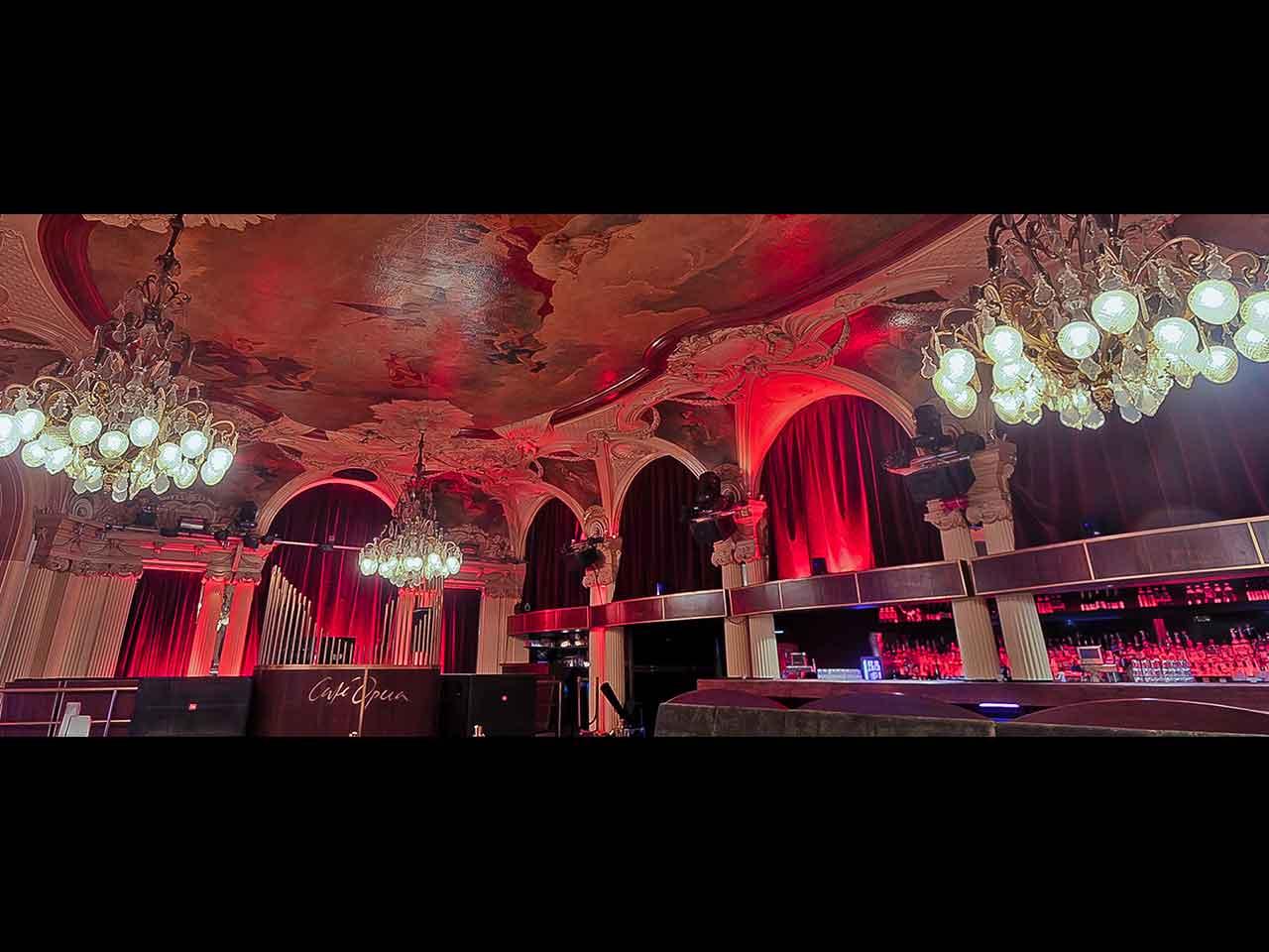 Café Opera - Eventlokal vid Kungsträdgården - röd belysning