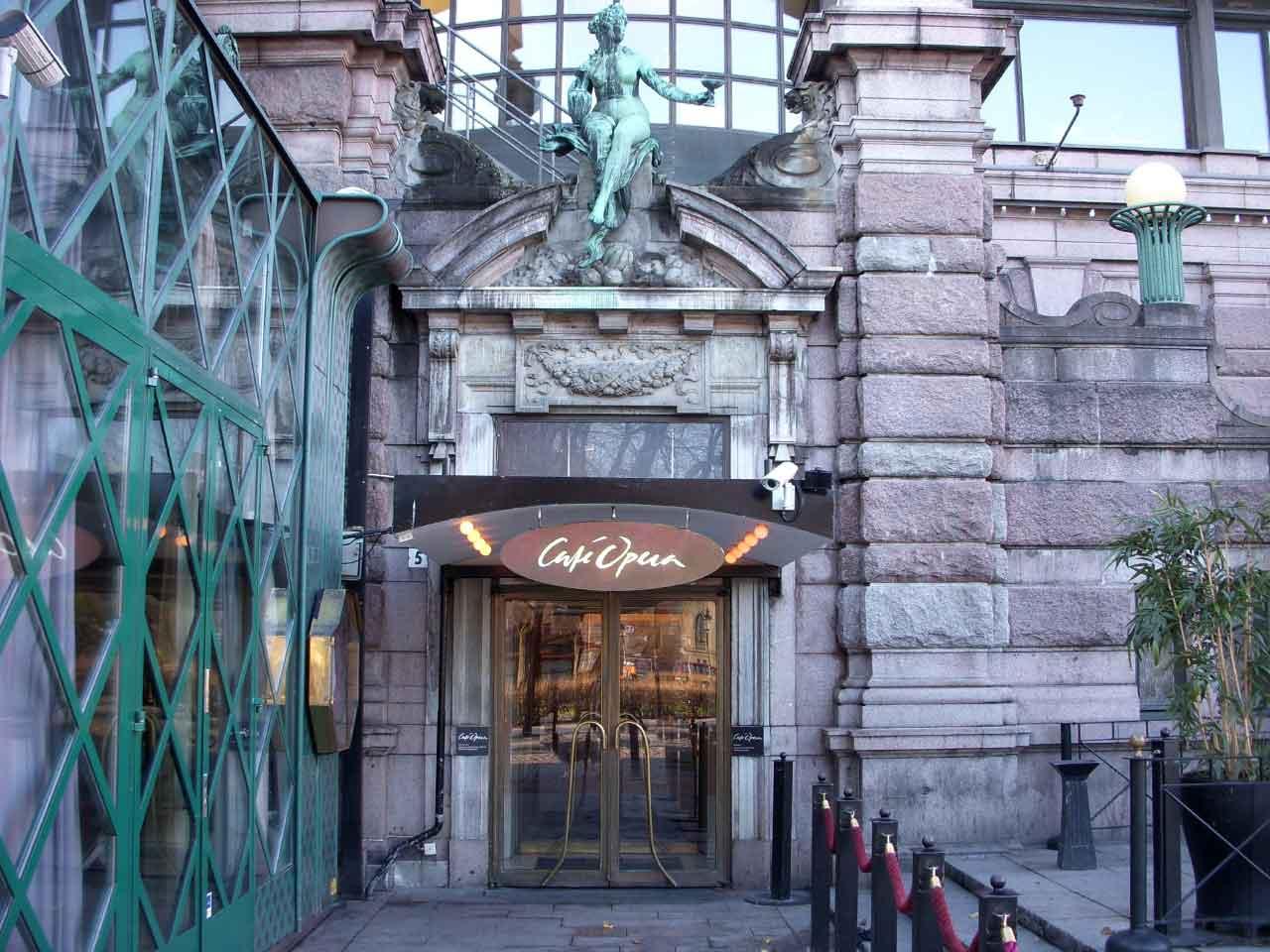 Café Opera - Entrén vid Kungsträdgården