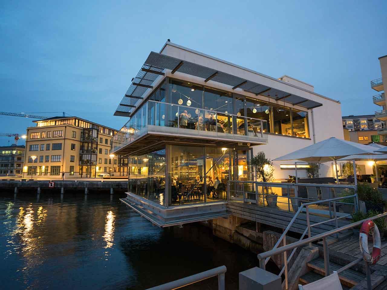 Docklands från vattnet