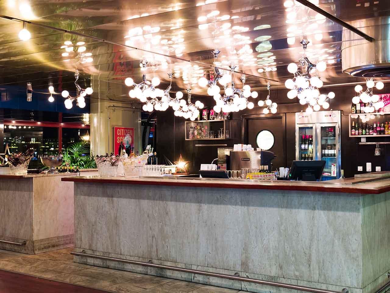 Filmhuset Bar & Bistro - Festvåning nära Karlaplan