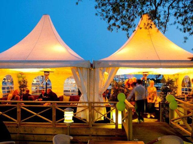 K4 - Festlokal i Pampas - Tält på ponton